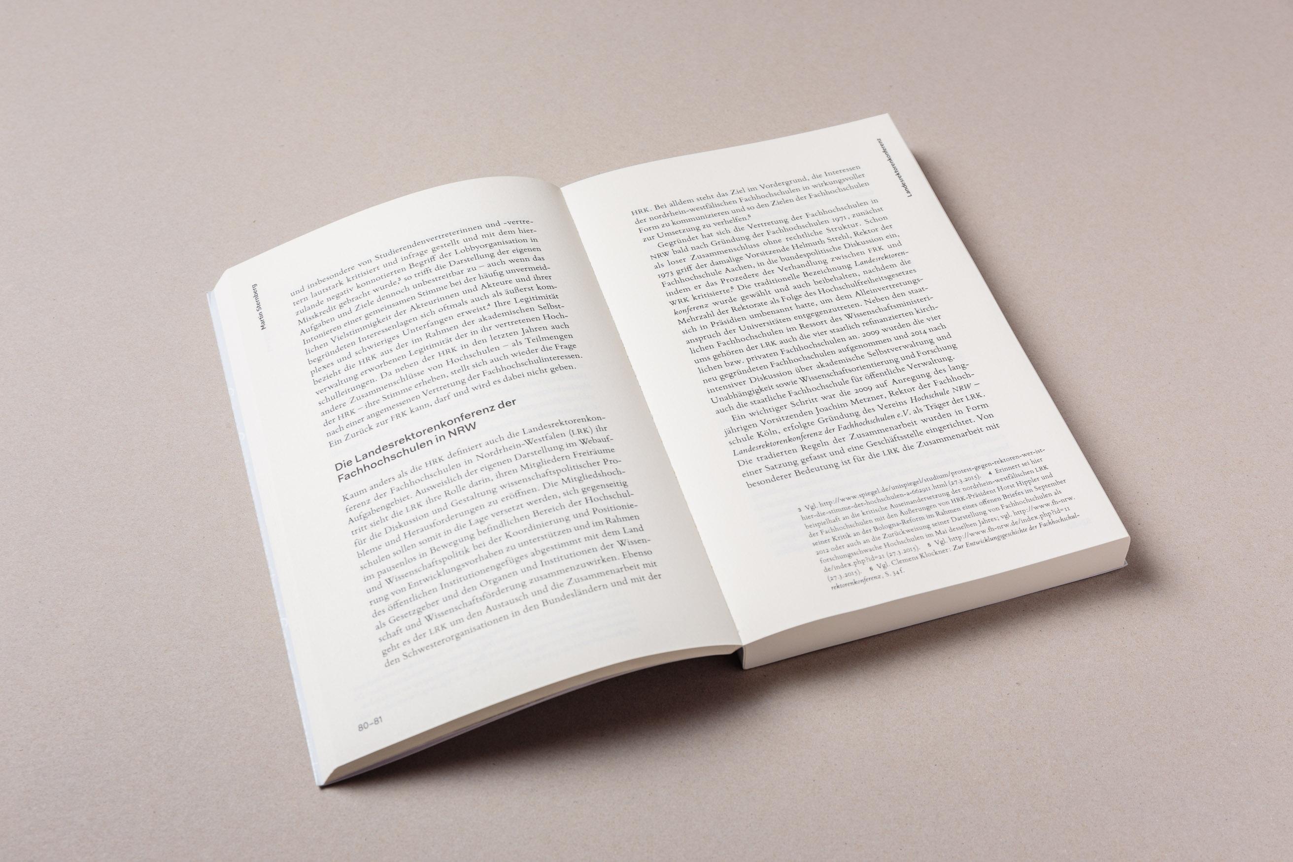 Doppelseite und Satzspiegel, Bildung anführen