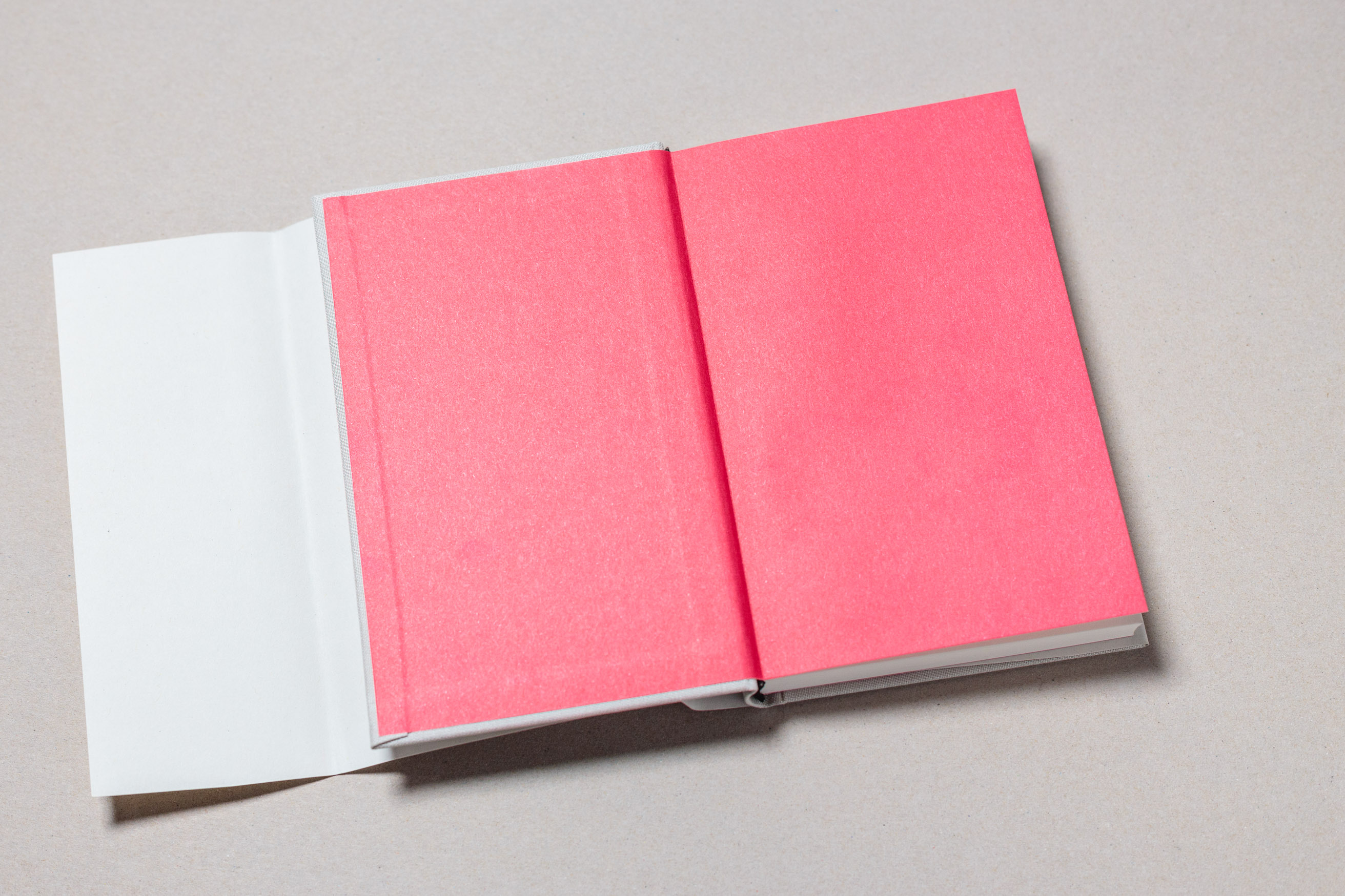 "Preprinted paper with Pantone spot color — ""Gebet!"" is a prayer book for the scholars of the German Episcopal foundation Cusanuswerk. Set in Freight Text, with Pantone spot color, embossing, linen binding and handwritten content."