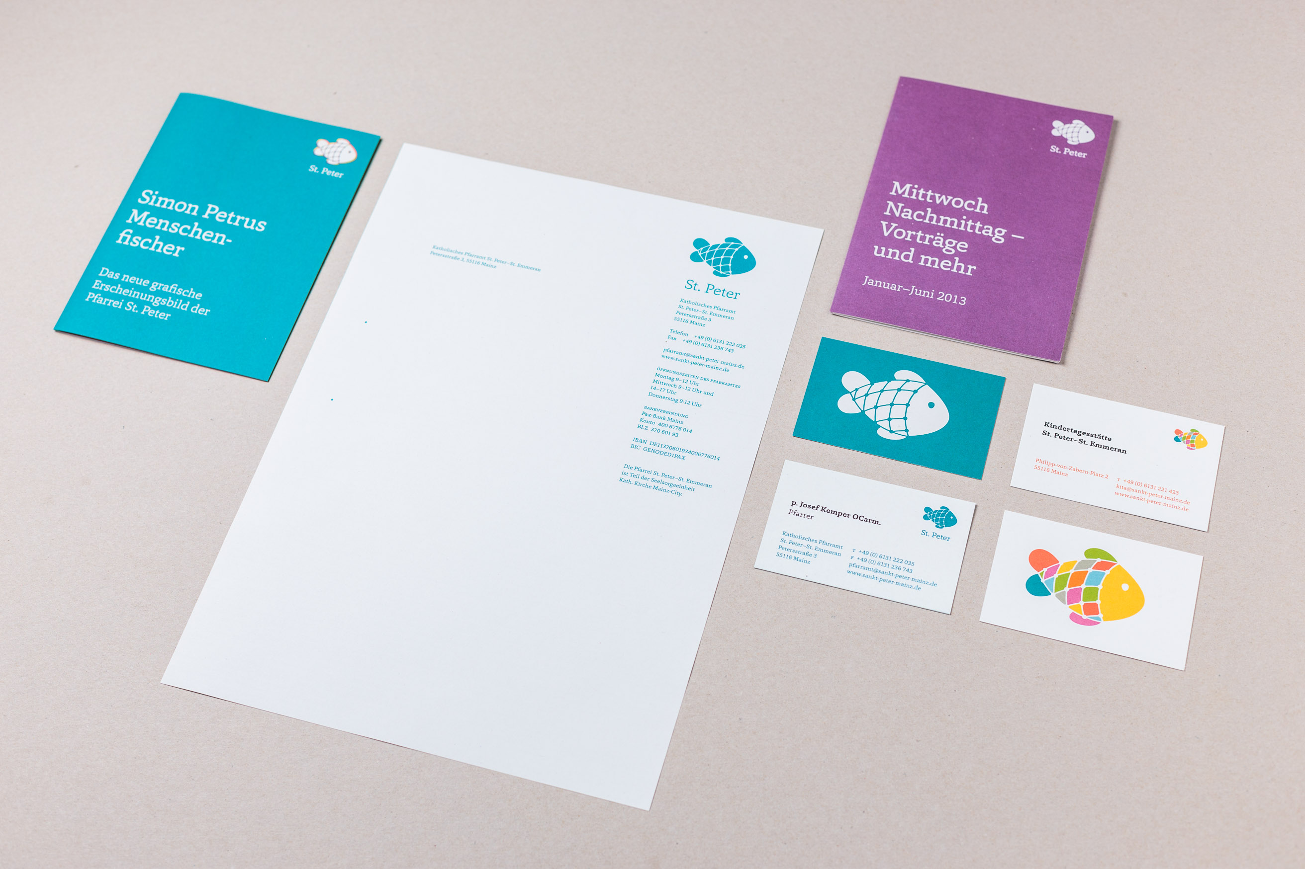 Erscheinungsbild: Briefbogen, Flyer, Faltblätter, Visitenkarten, Gemeinde St. Peter
